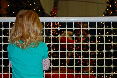 Watching_santa