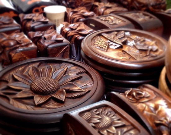 Wood products carved in Honduras