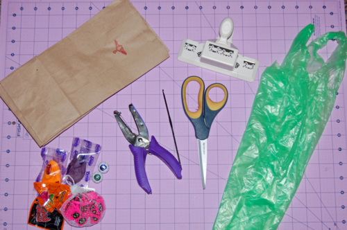 Easy DIY Halloween Treat Bags from Paper Lunch Sacks